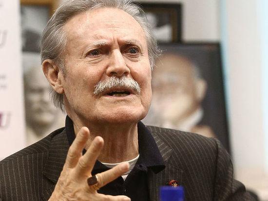 В Москве в тяжелом состоянии госпитализирован актер Юрий Соломин