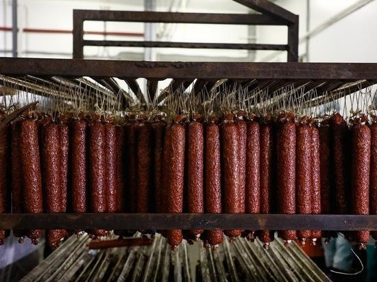 Онколог рассказал, что колбаса влияет на развитие рака