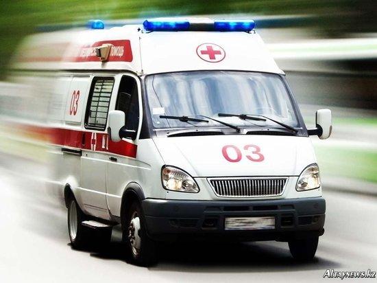 В Петербурге врачи не помогли потерявшему сознание у поликлиники старику