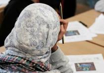В Германии хотят запретить платки в детских садах и начальных школах
