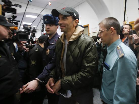СМИ сообщили о переводе Абызовым в офшоры сотен миллионов долларов