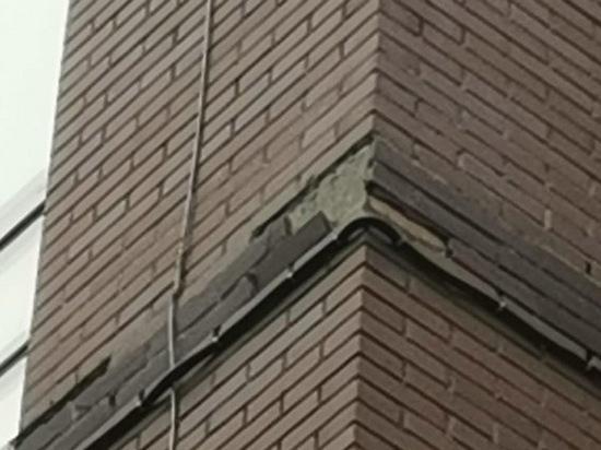 У новой школы в Невском районе уже протекла крыша