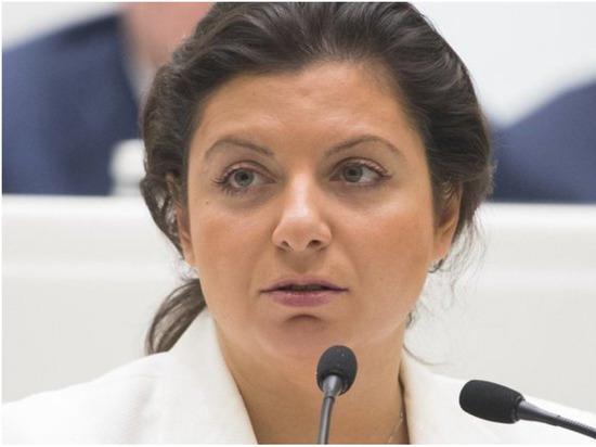 Симоньян пожаловалась Медведеву на бездушных чиновников