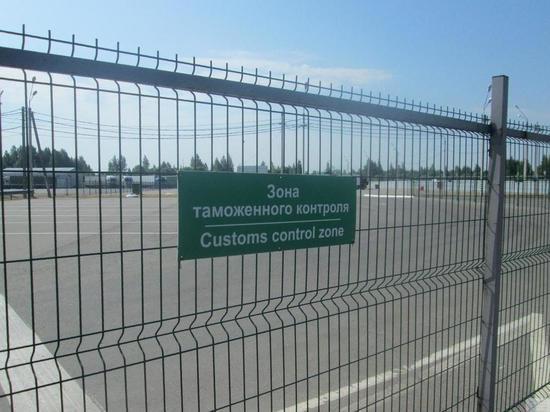 Смоленские таможенники выявили незаконный вывод капитала из России