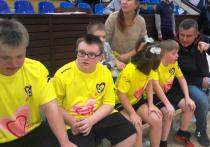 Особенные дети посоревновались в футболе: родители плакали