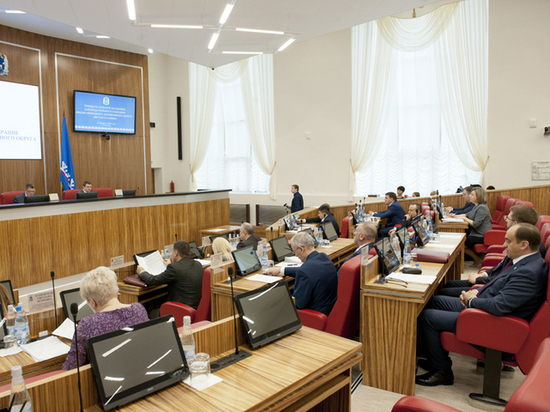 Депутаты Заксобрания ЯНАО рассматривают проект бюджета на 2020-2022 годы