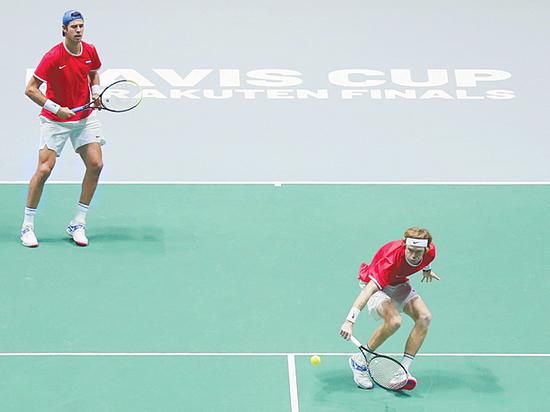Рублев и Хачанов вывели Россию в четвертьфинал Кубка Дэвиса