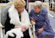 Путин увел Доронину с награждения в Кремле
