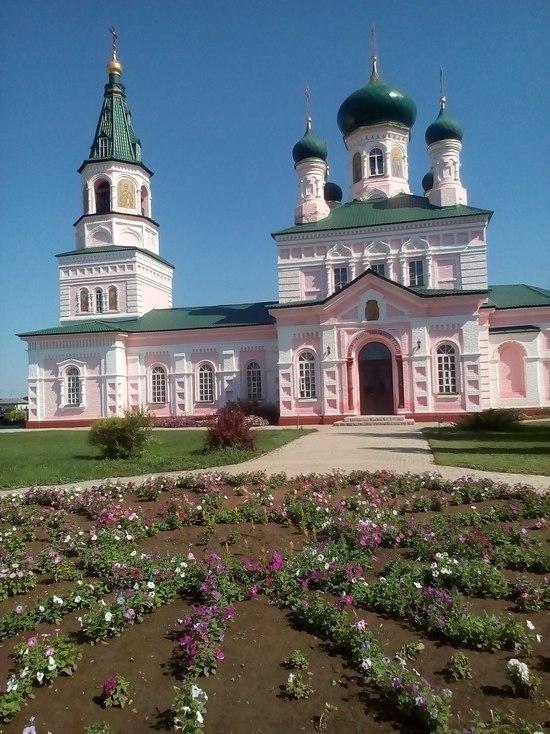 Православные оренбуржцы отмечают праздник