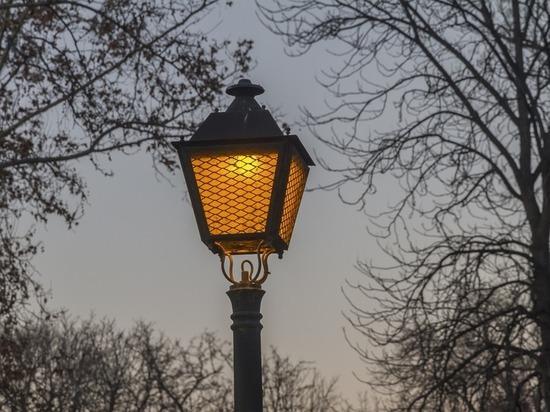 В Тюльганском районе руководитель одной из фирм разбогател на светильниках