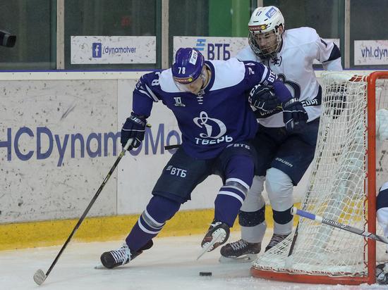 Тверское «Динамо» победило лидера ВХЛ