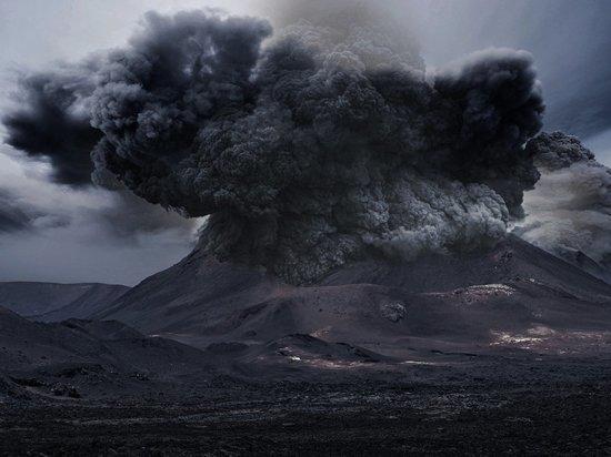 Конец света через месяц: почему конспирологи ждут катастрофу