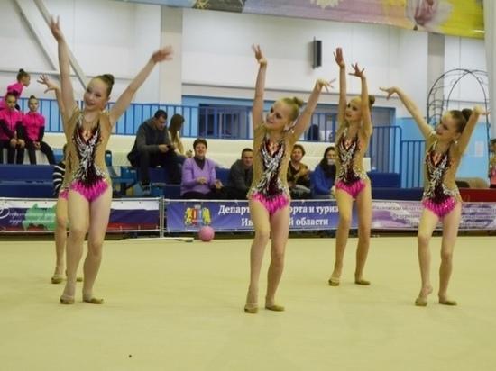 В соревнованиях, проходящих в Иванове, приняли участие более пятисот гимнасток