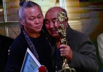 Южнокорейский режиссер Ким Ки Дук живет в России едва ли не с апреля, когда он возглавлял жюри Московского международного кинофестиваля и получил на нем приз за вклад в мировой кинематограф