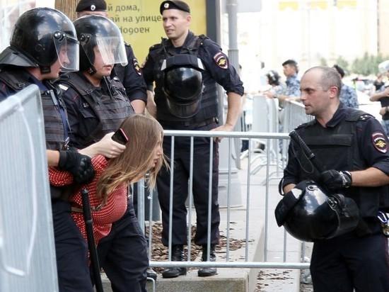 МВД призвало не верить фейкам про полицию