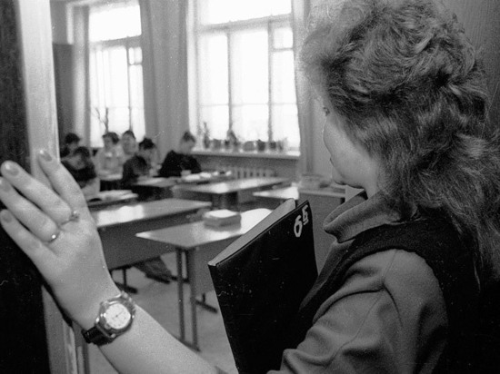 Учительницу истории уволили за «аморалку» в соцсетях