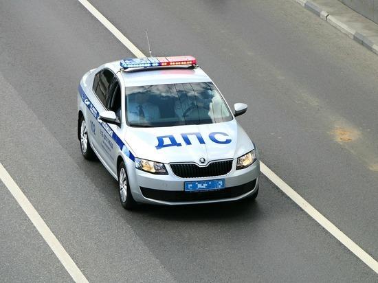 Мчащий по встречной полосе ЗСД автомобиль попал на видео