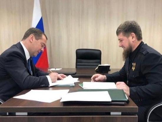 Кадыров поднял вопрос блокпостов на Северном Кавказе на встрече с Медведевым