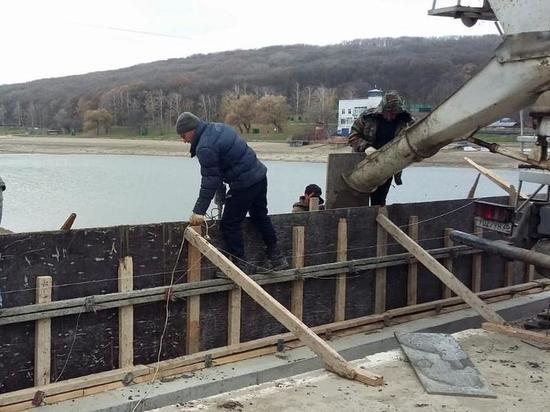 В Ставрополе почти завершили работы на плотине Комсомольского озера