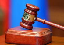 Хорошевский суд Москвы в понедельник приговорил преподавателя Мгера Махсудяна, обвинявшегося в истязании несовершеннолетней -  ученицы, которую он обучал игре на фортепиано