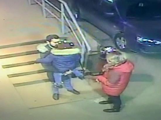 Садист, изрезавший ножом бывшую жену, пытался украсть ребенка