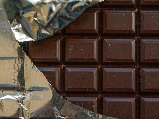 Темный шоколад способен предотвратить депрессию