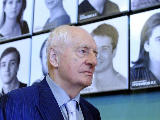 Писатель Сергей Шаргунов выступил против присвоения имени Марка Захарова переулку