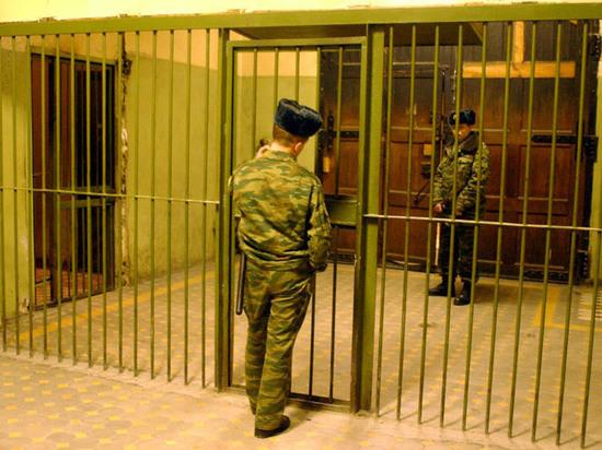 В Москве за мошенничество отправлен в колонию Мавроди
