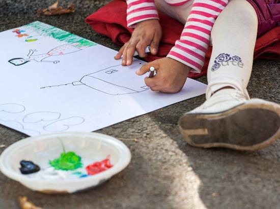 Специалисты рассказали, что можно узнать о родителях по рисункам ребенка