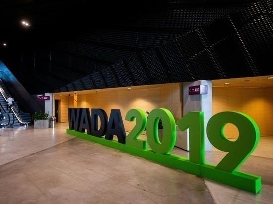 Президент IIHF вступился за российских хоккеистов, обратившись к WADA