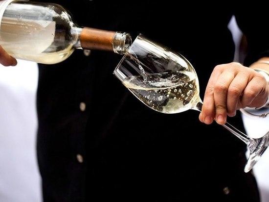 В Алматы прошла дегустация вина завода «Winnac Elite»