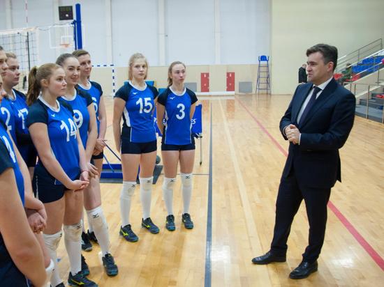 Губернатор Ивановской области встретился со спортсменками из клуба «Шуяночка»