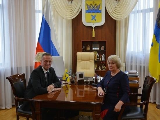 В Оренбурге прошло внеочередное заседание Горсовета