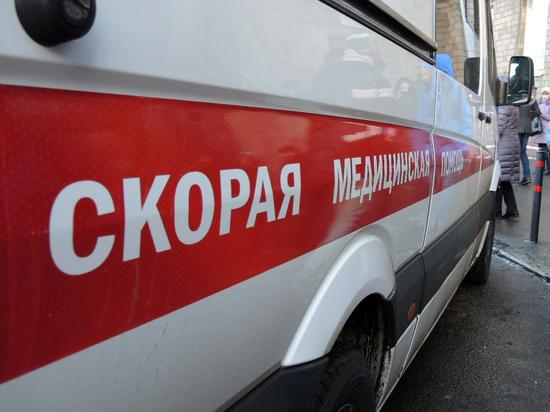 СМИ: чиновник избил пожилую маму в День матери