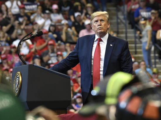 Трампа позвали на дачу показаний: откажет ли президент конгрессменам