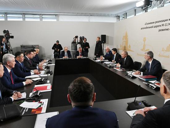В среду, 27 ноября, губернатор Игорь Руденя принял участие в совещание в Ленинградской области, которое было посвящено открытию трассы М-11 «Москва-Санкт-Петербург»