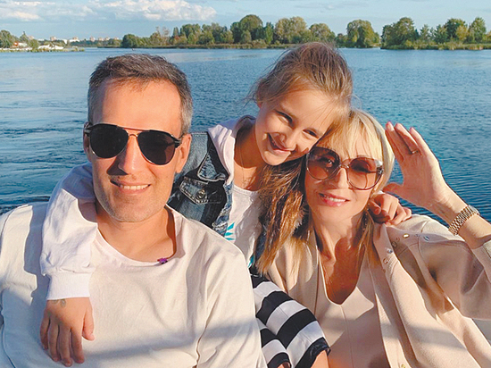 Бум позднего материнства в шоу-бизнесе: загадки Кудрявцевой, Могилевской и Ветлицкой