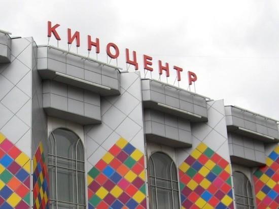 """Застройщик показал проект многоэтажки на месте киноцентра """"Соловей"""""""
