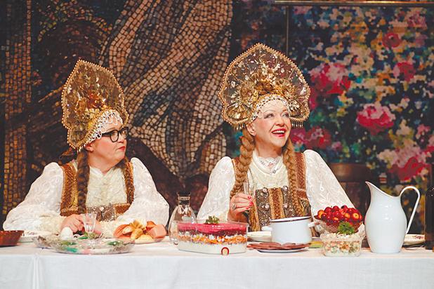 Комедия «Баба Шанель» стала бенефисом возрастных исполнителей