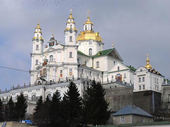Новые власти Украины продолжают гонения на церковь
