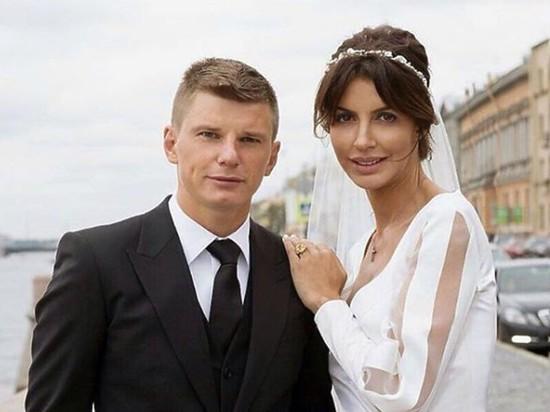 Бывшая жена Аршавина начала встречаться с многодетным отцом