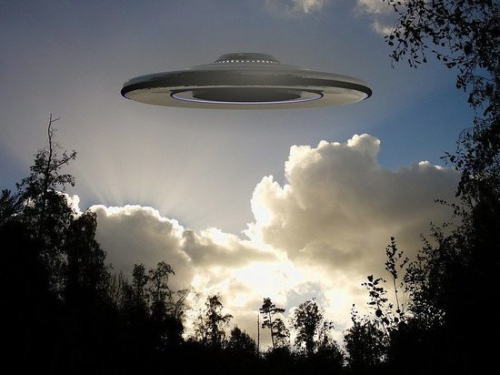 На Кубани сняли огромный огненный НЛО