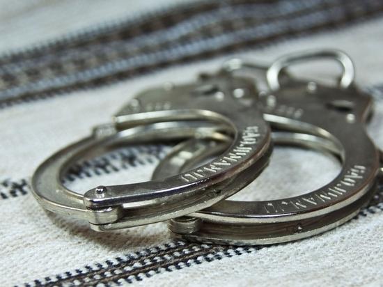 В маске и с ножом: в Иванове произошло неудавшееся ограбление магазина