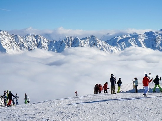Алтайских пенсионеров приглашают встать на горные лыжи