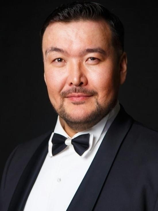 Михаил Пирогов о «бешенных гонорарах»: «В Улан-Удэ я получал на руки среднюю зарплату»