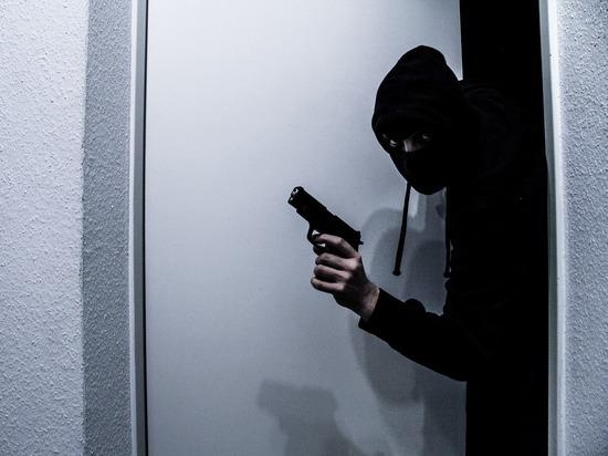Осуждённые за громкие убийства  переквалифицировались в мошенников