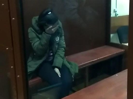 Киргизка, продавшая ребенка, в изоляторе попросила научить ее сцеживаться