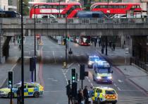В пятницу днем на оживленной улице в районе «Лондон-Бридж» неизвестный напал на прохожих с ножом и ранил несколько человек