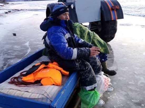Двое мужчин в Удмуртии провалились под лед на реке Каме