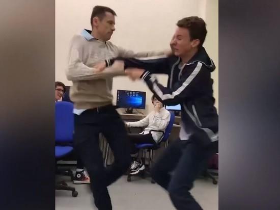Подравшийся с учеником белгородский учитель останется в школе